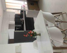 Cho thuê gấp căn hộ 1 phòng ngủ 54m2 Vista Verde, Full nội thất, chỉ 12 triệu/tháng. LH 0906271879
