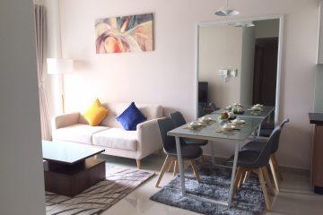 Cho thuê căn hộ Vista Verde 2 phòng ngủ, Full nội thất, giá 20tr/tháng. LH xem nhà 0906271879